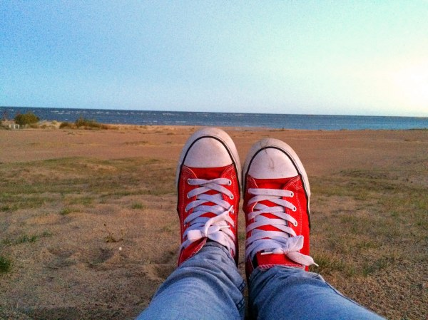 sneakers_and_beach