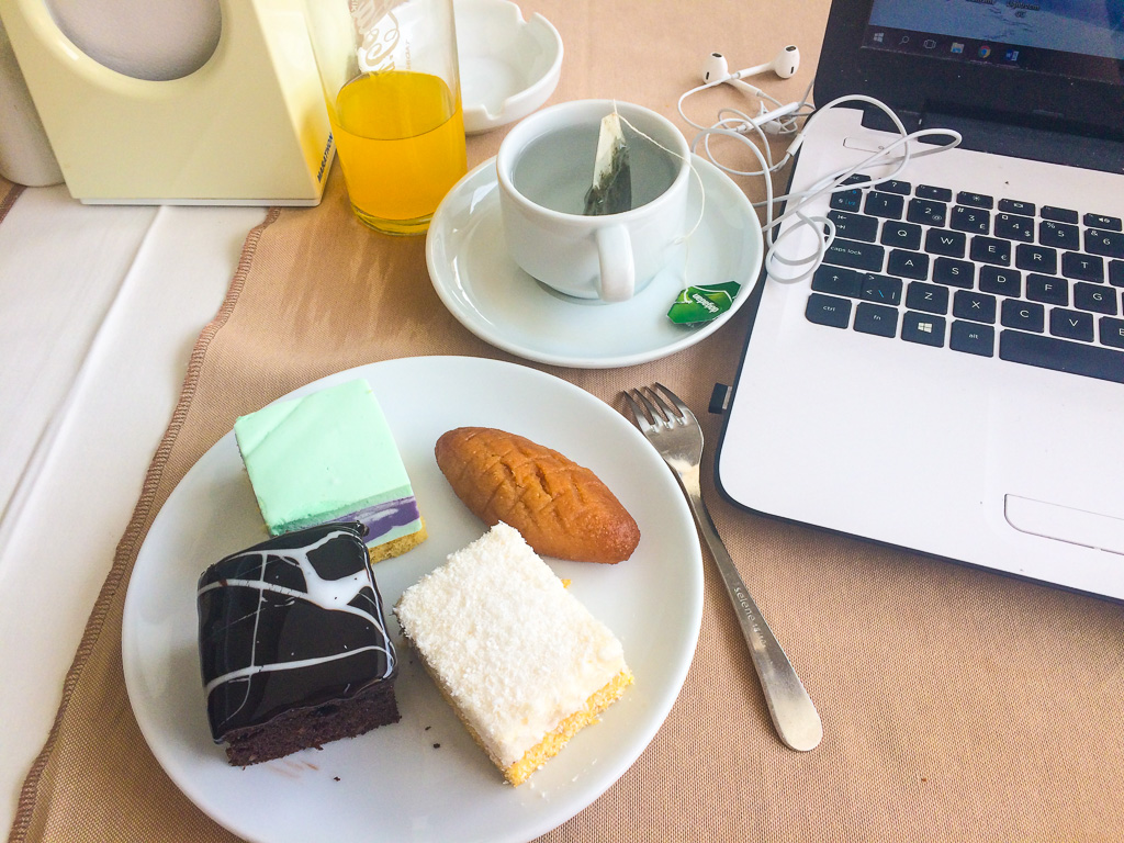 Travel writer and food